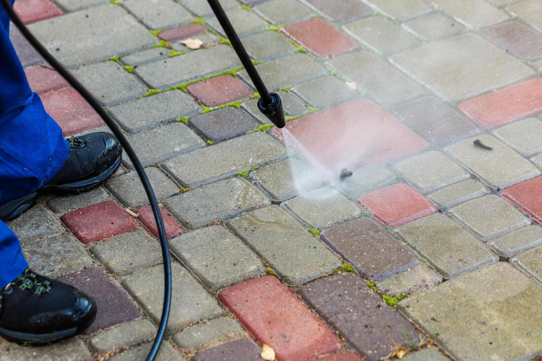 reliable pressure washing services